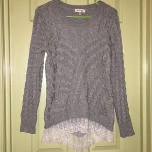 Lace Edged Gray Sweater Sz M Monteau